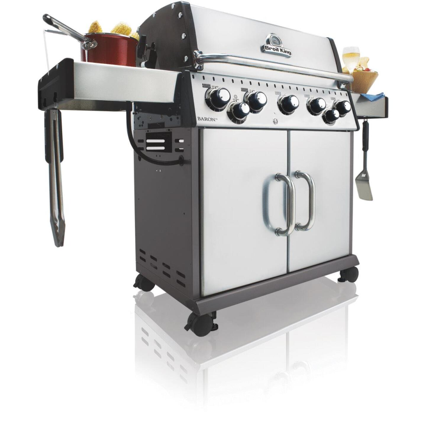 Broil King Baron S590 5-Burner Stainless Steel 50,000-BTU LP Gas Grill with 10,000-BTU Side Burner Image 4